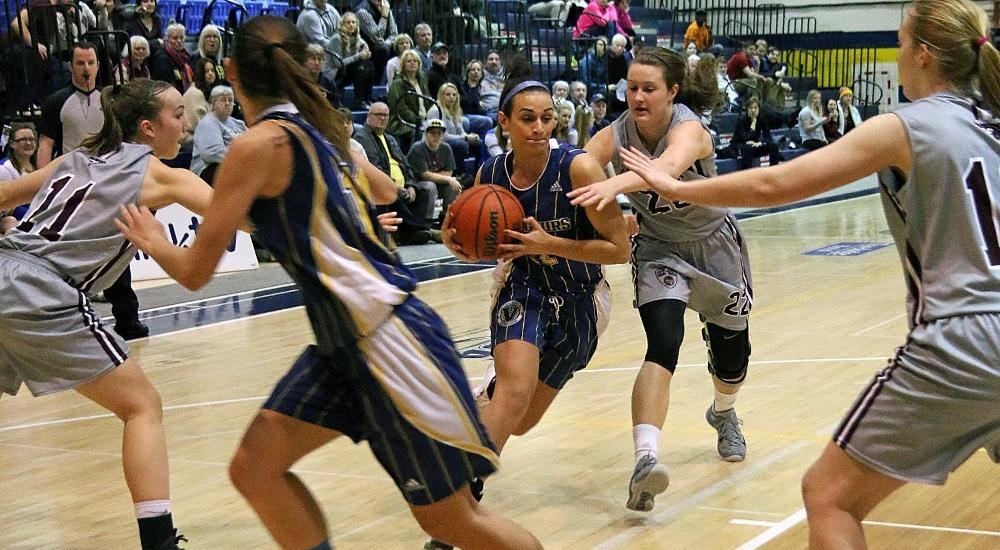 WBB | Voyageurs Fall to Persistent Lions