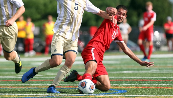 Men's soccer uses balanced attack to beat Thiel