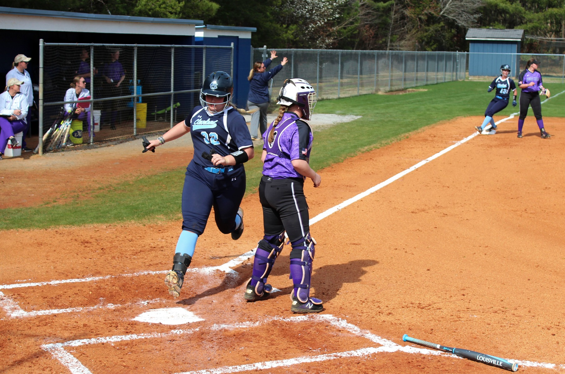 Lady Cougars Split Doubleheader With YHC