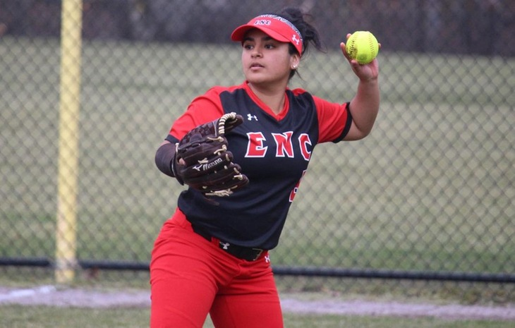 Softball Sweeps Twinbill Over Wentworth, Walks-Off in Game Two