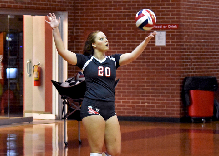 Huntingdon sweeps conference tri-match