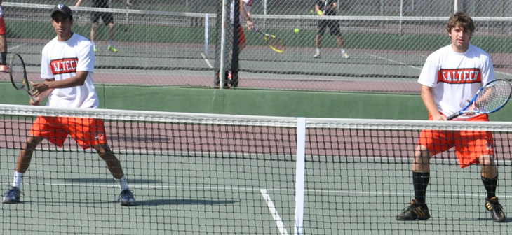 #17 Gustavus Adolphus Grabs 8-1 Team Win