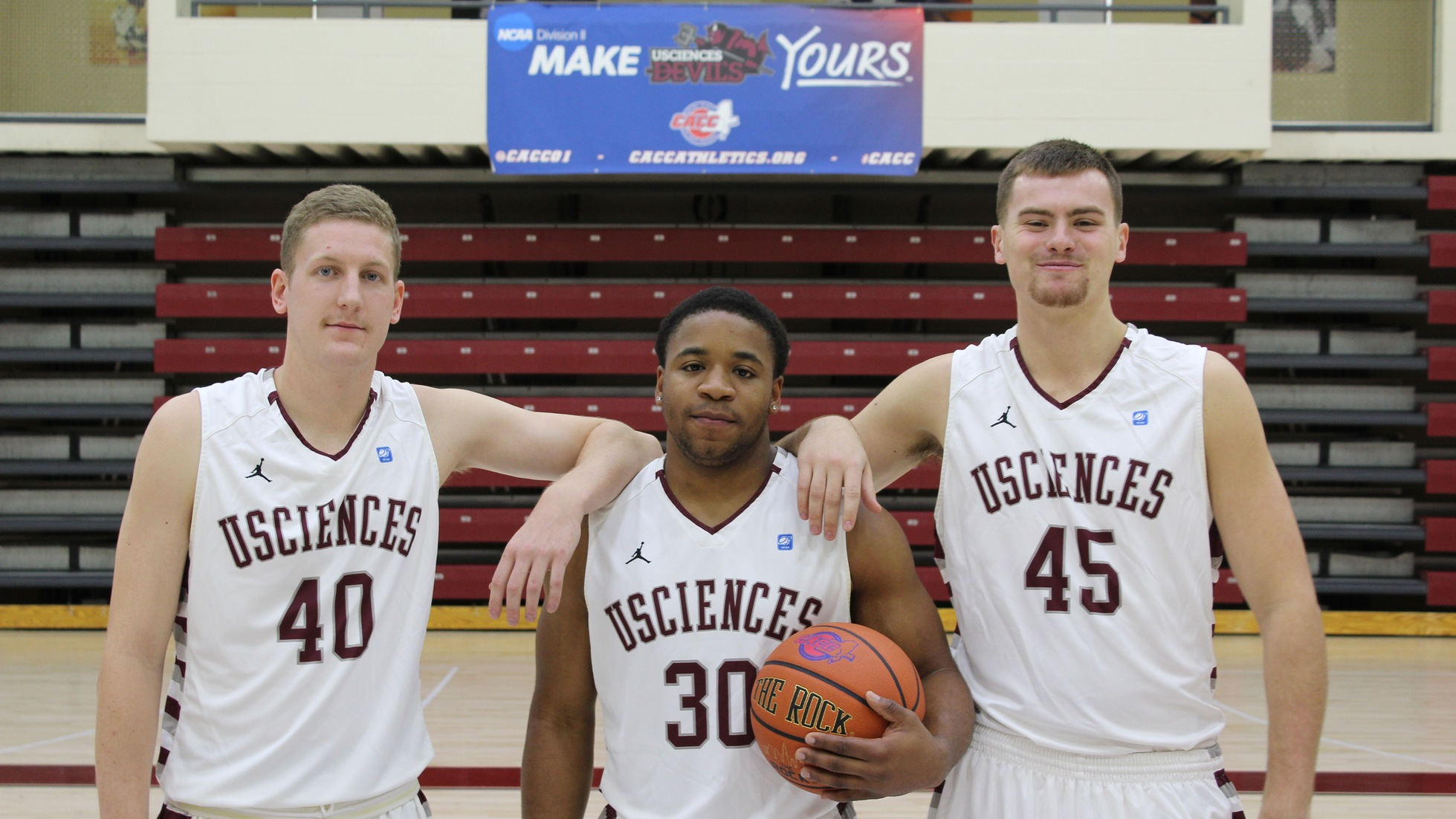 Men's Basketball Sends Seniors Out With A Win