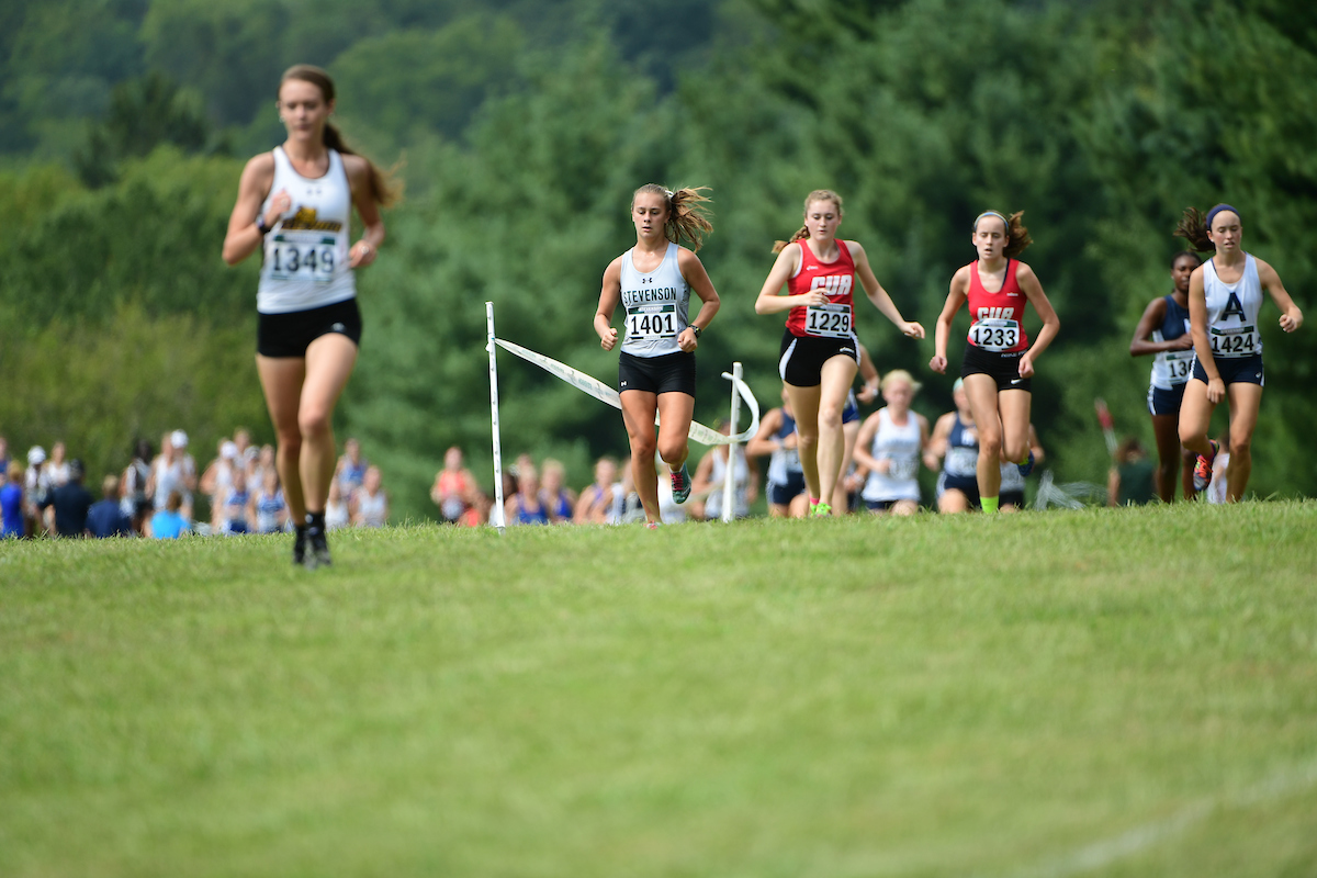 Winklbauer Takes First at Shannon Henretty Invitational, Mustangs Second