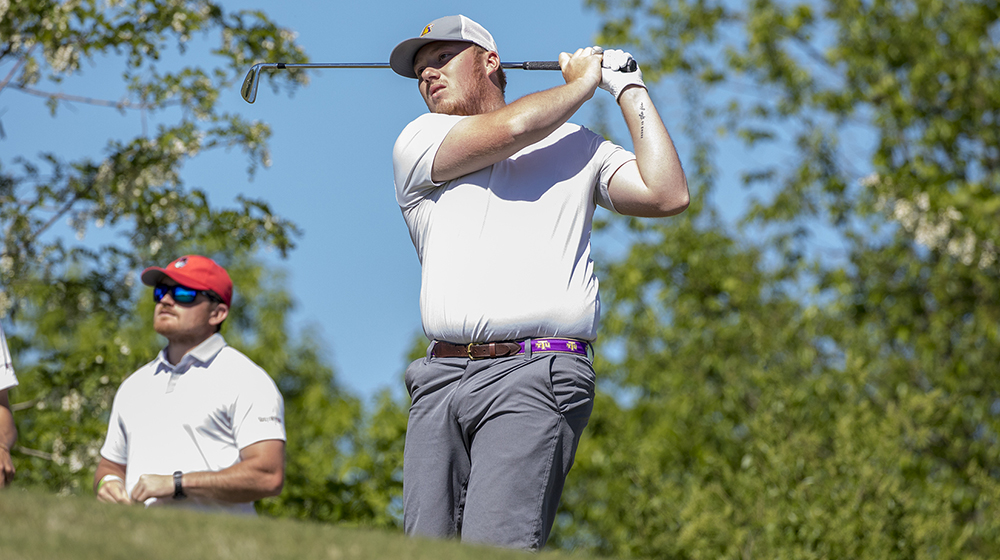 Two Golden Eagles ranked in top-10 after first round at OVC Championships