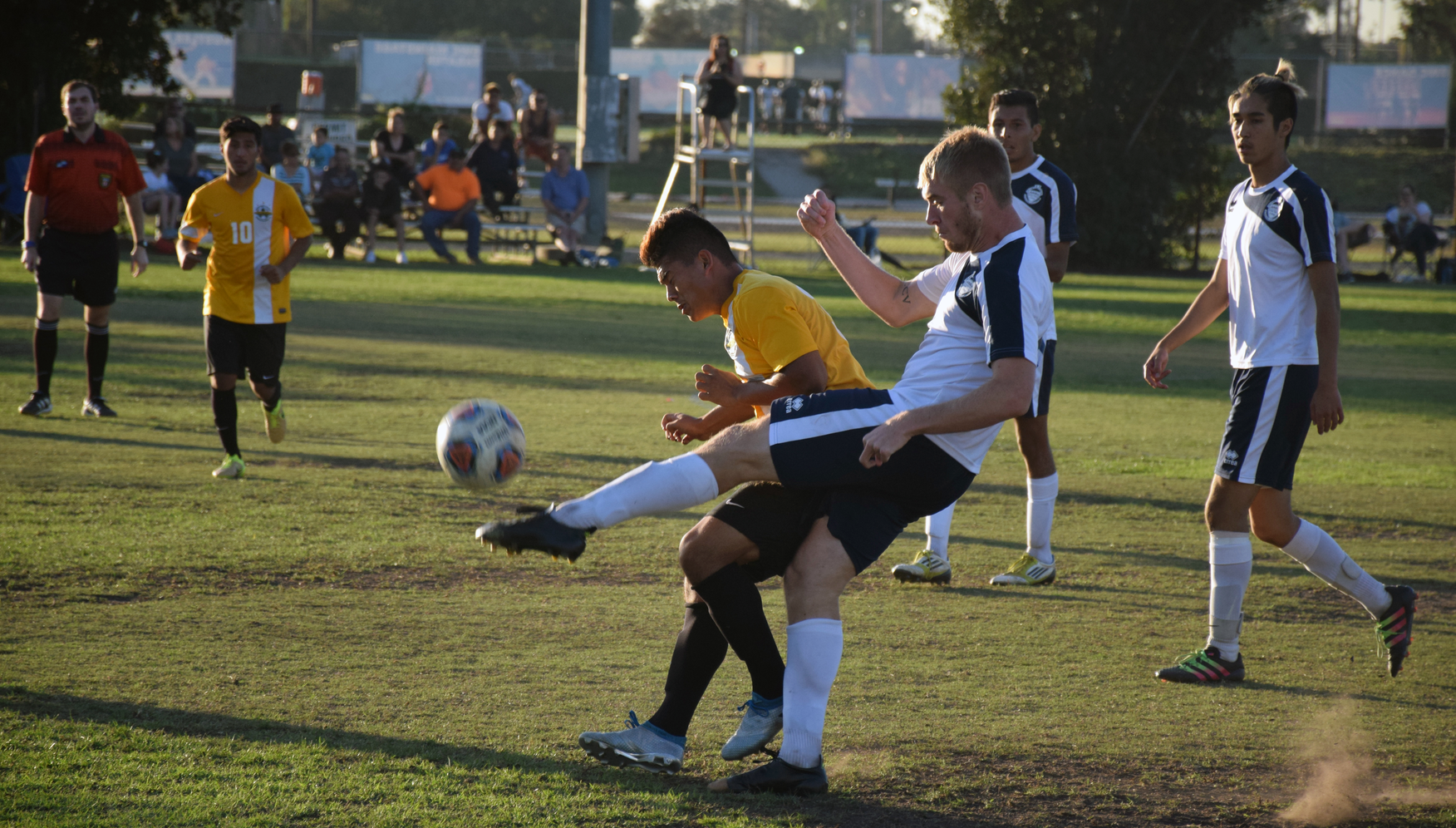Men's soccer team comes away with tie in big OEC match-up
