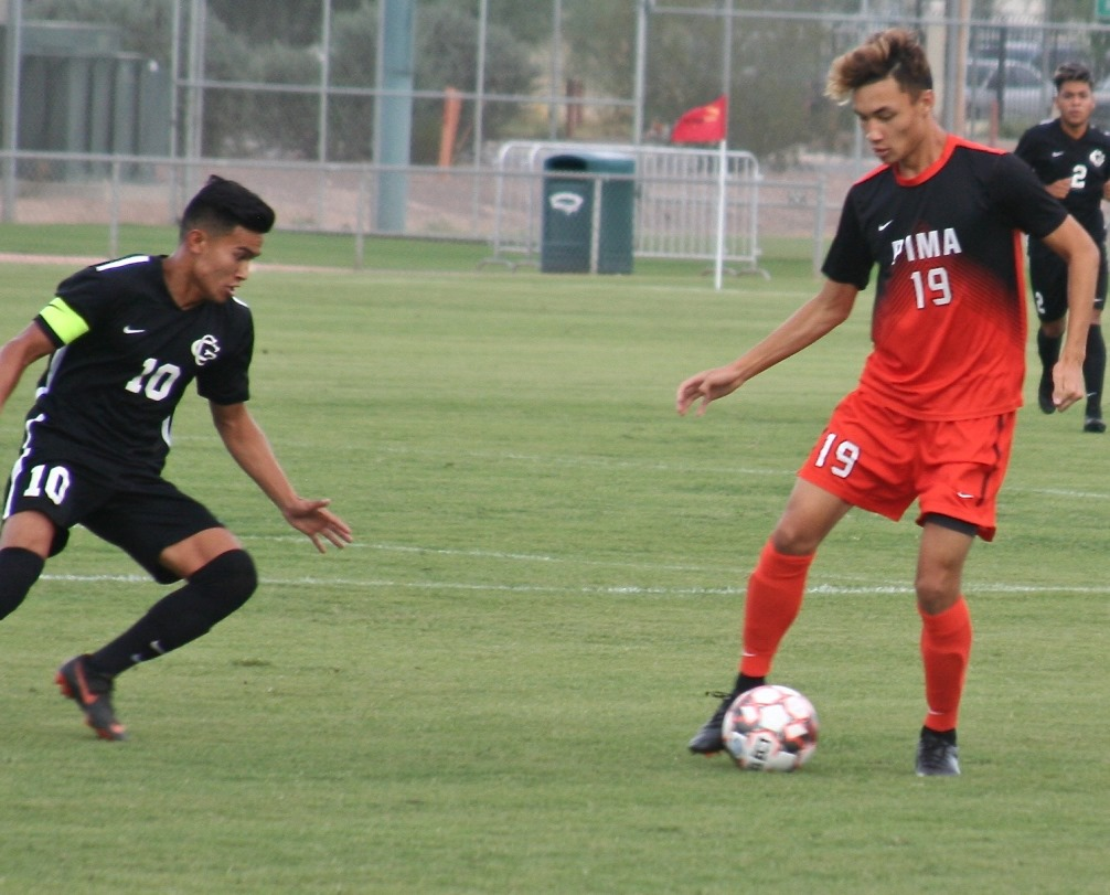Freshman Alec Nguyen (Sahuaro HS), along with fellow freshman Itsuki Ishihara each had a goal and an assist as the No. 6 ranked Aztecs rallied to beat Scottsdale Community College 2-1. The Aztecs are now 5-1 on the season. Photo by Stephanie Van Latum.