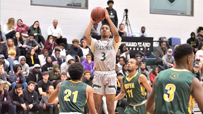 Home Win For Statesmen, 78-73