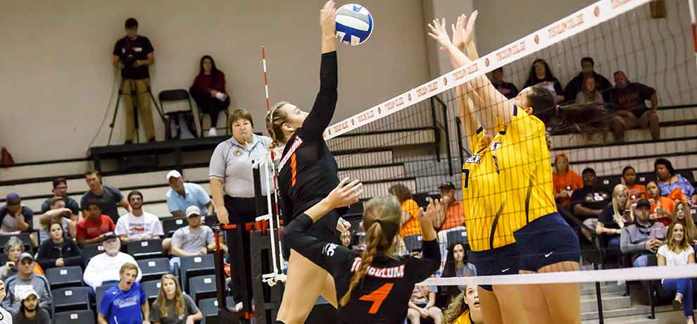Welch powers Tusculum to fourth straight win, Schleuger records 100th service ace