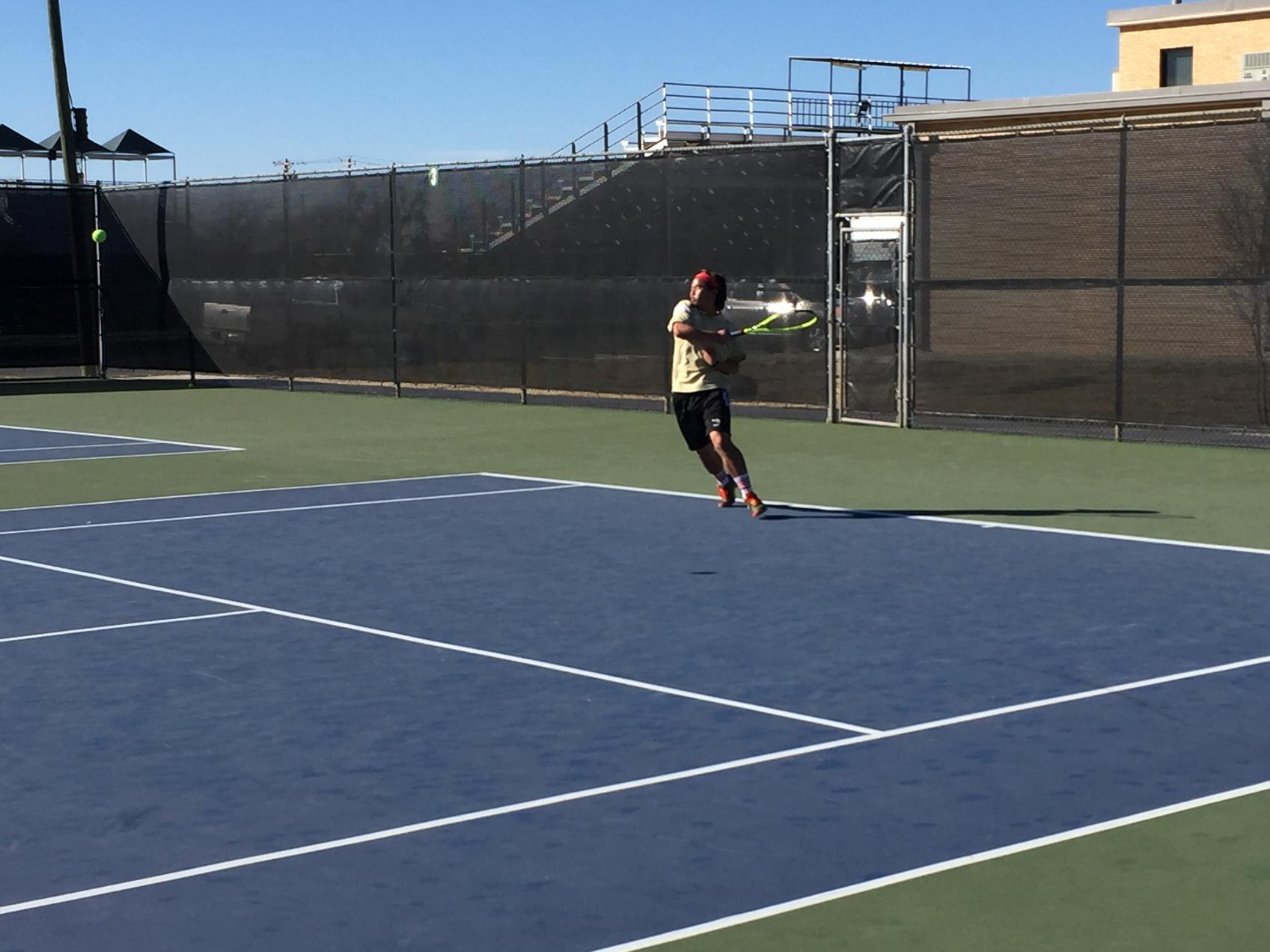 Men's Tennis Leads After Doubles; Falls 7-2 at McMurry