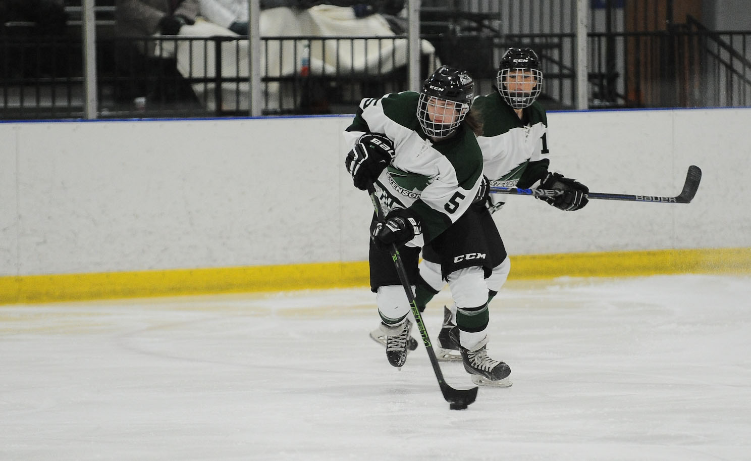 Four-Goal Second Period Lifts Canton Over Mustangs in CHC Play