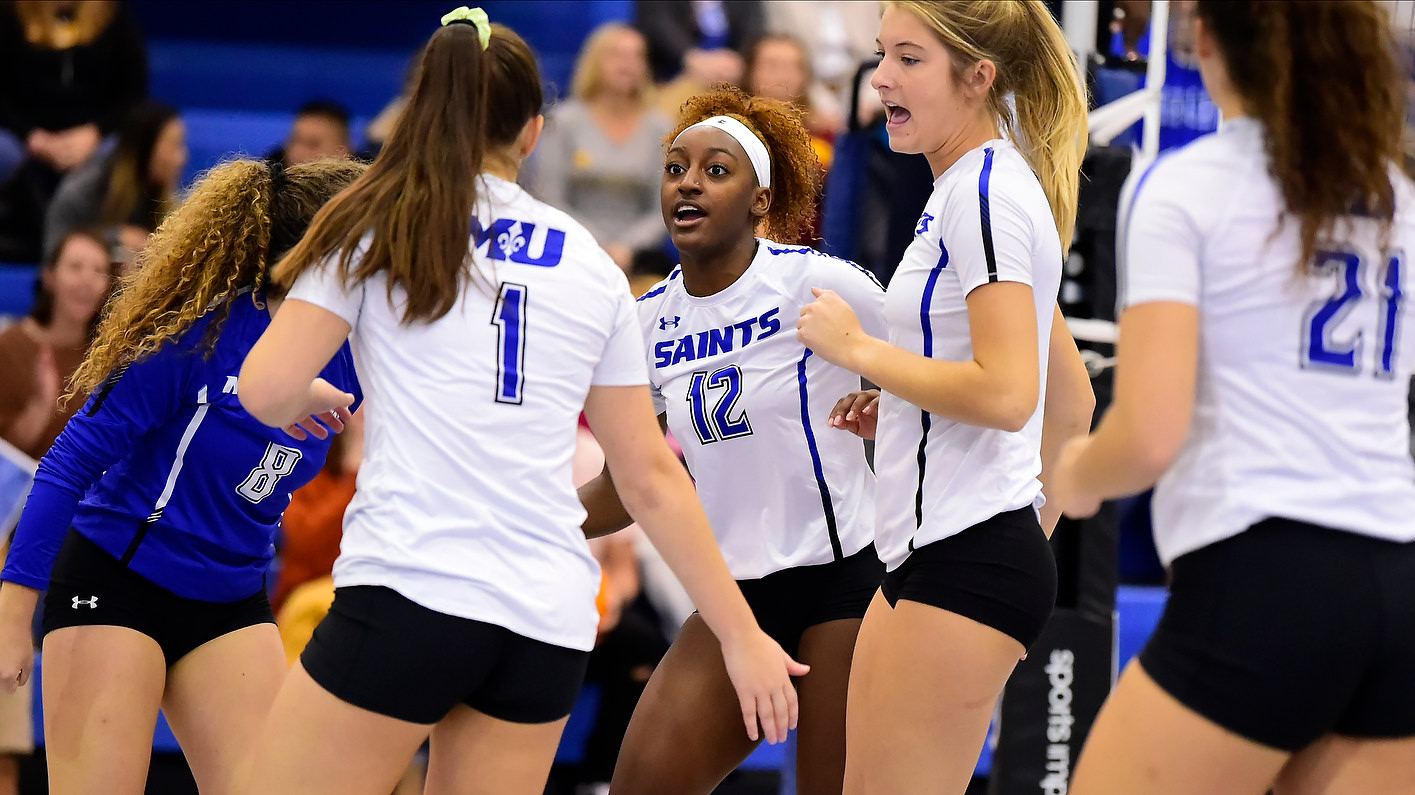 Women's Volleyball Battles Past Yellow Jackets To Secure Program's First-Ever NCAA Tournament Victory