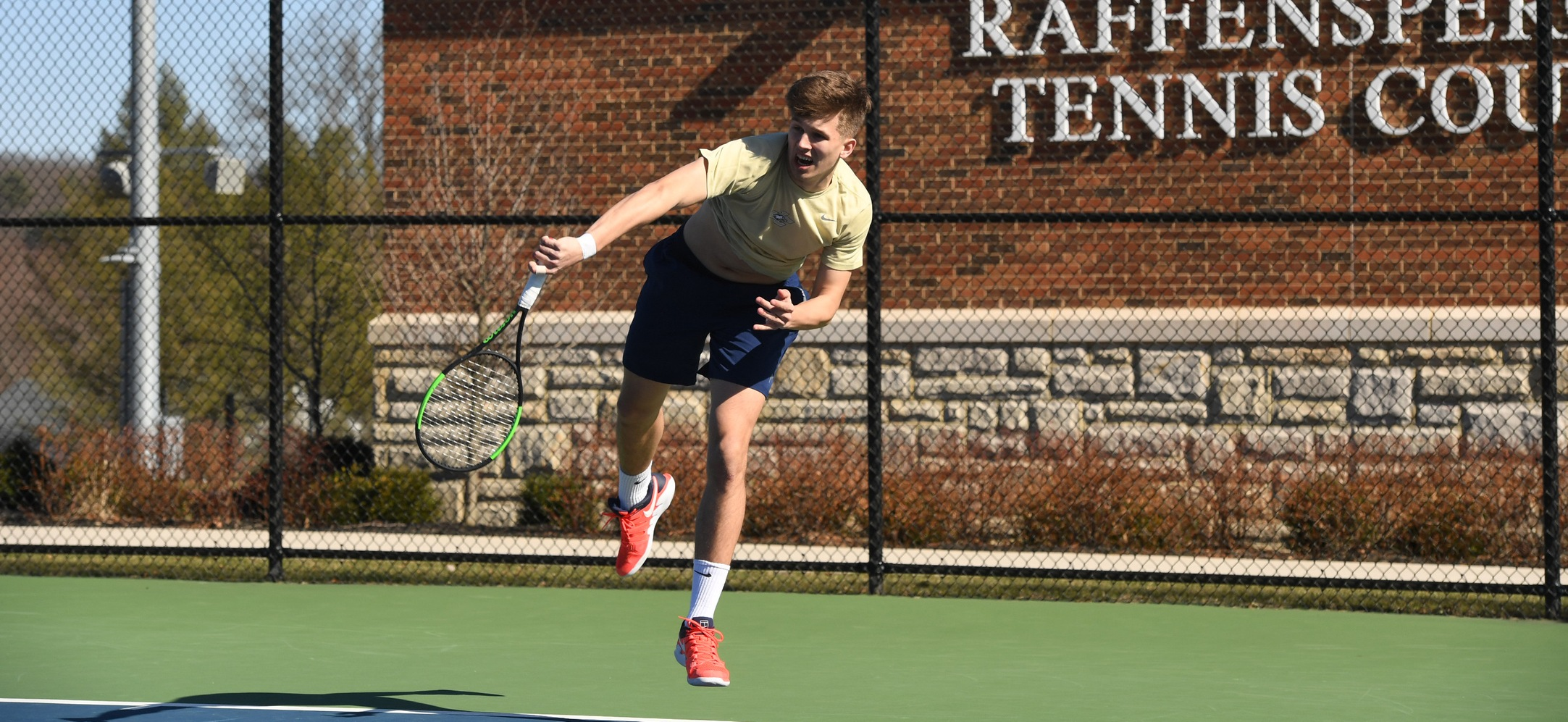 Men's Tennis Drops Match to Muhlenberg