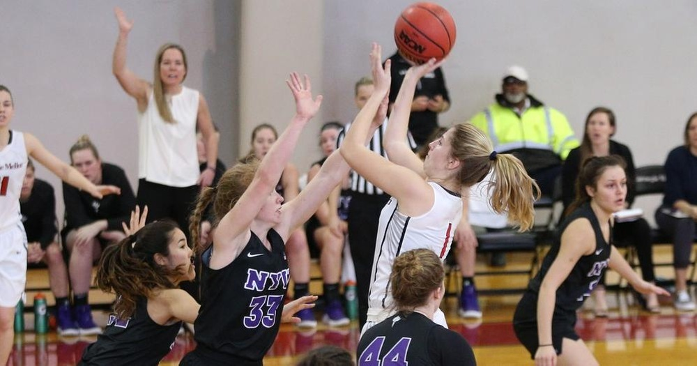 Weslock and Archer Score Career Highs in Tartans Loss at Washington U.