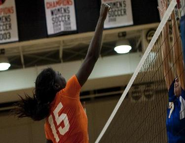Volleyball falls for second straight game at Anderson