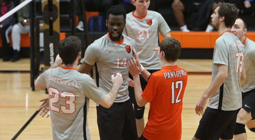 Men's volleyball wins both Saturday at Trine