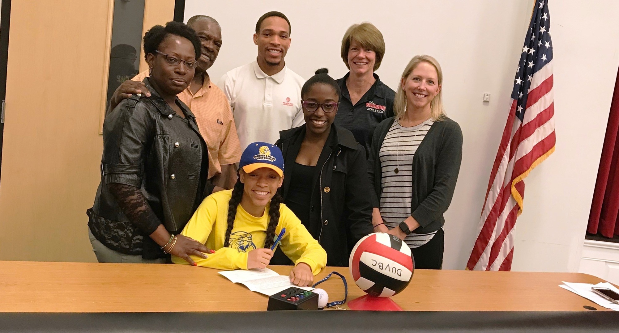 Volleyball Adds Three Sport Standout Aloria Hamm