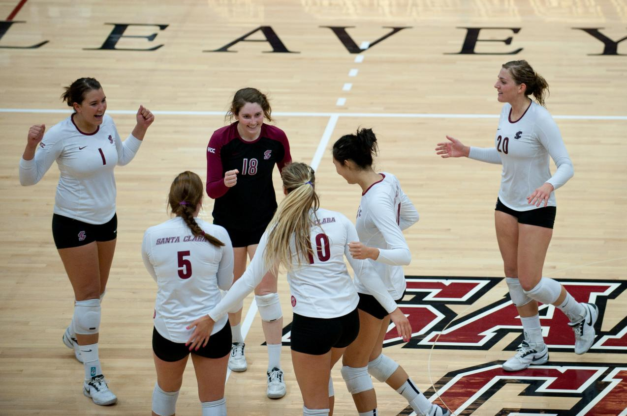 Volleyball to Host DIG PINK match vs. USF Friday