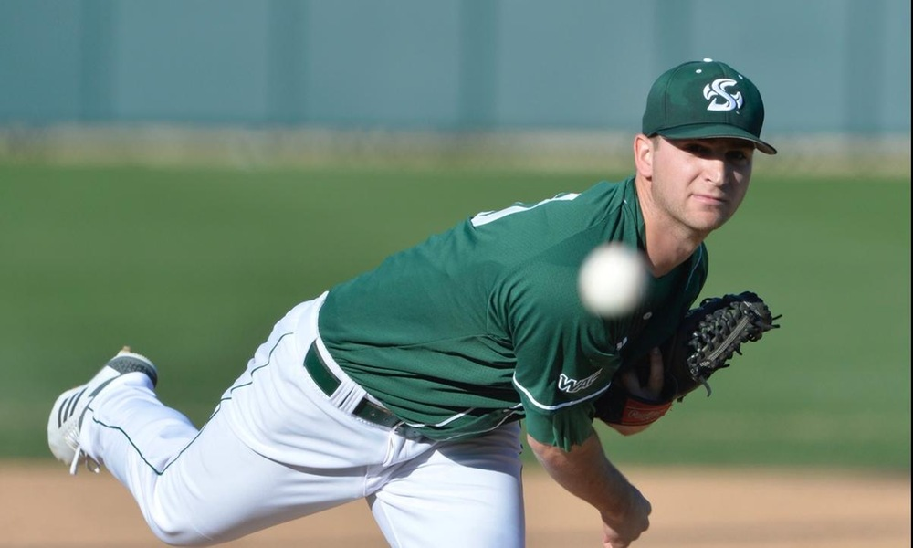 OUTMAN'S HOME RUN, ROOT'S STRONG START LIFT HORNETS TO 5-2 WIN OVER UTRGV