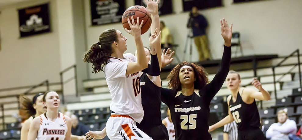 Two fourth-quarter rallies fall just short in SAC quarterfinal loss to Anderson
