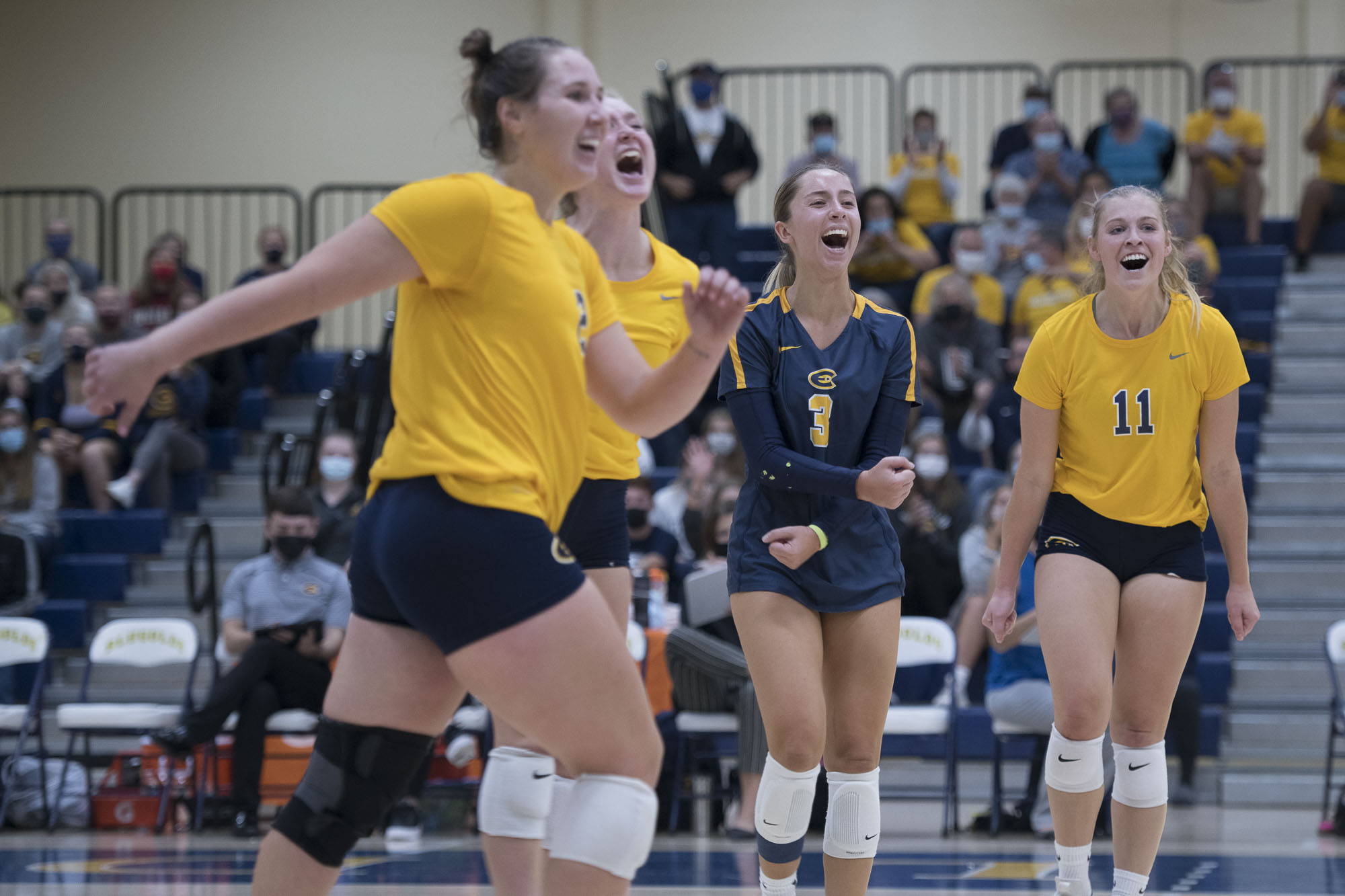 Volleyball Topples the Titans for Third WIAC Win