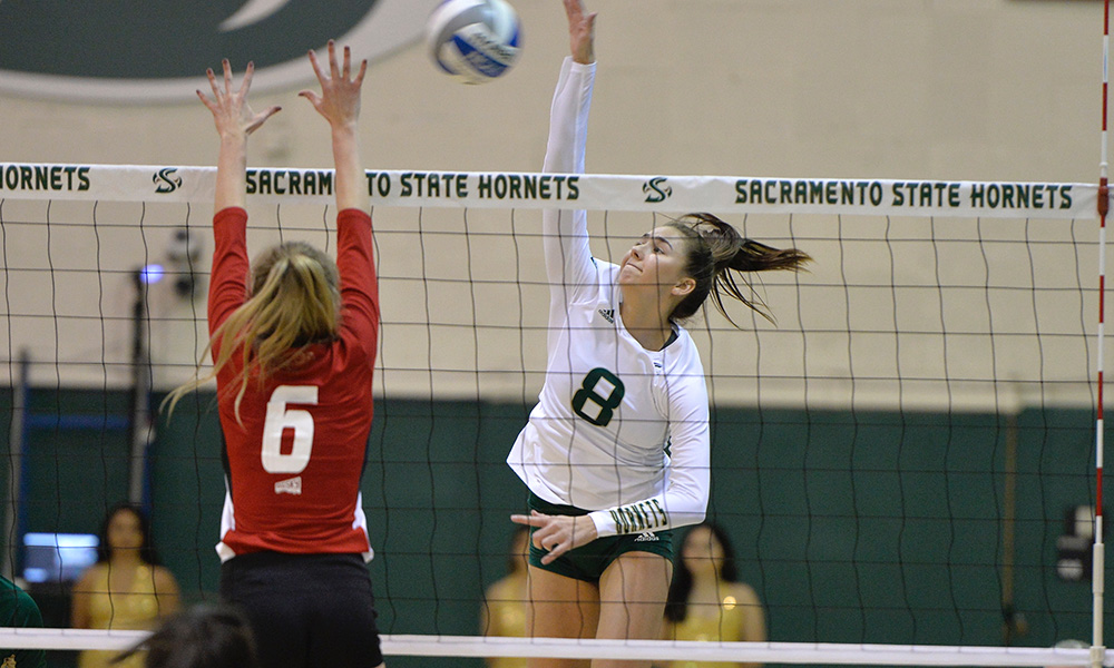 VOLLEYBALL WINS AGAIN, REMAINS IN SECOND PLACE WITH 10-3 LEAGUE RECORD