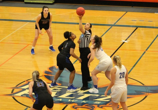 SAINTS TOP HARTWICK TO ADVANCE IN NCAA TOURNAMENT, 69-65