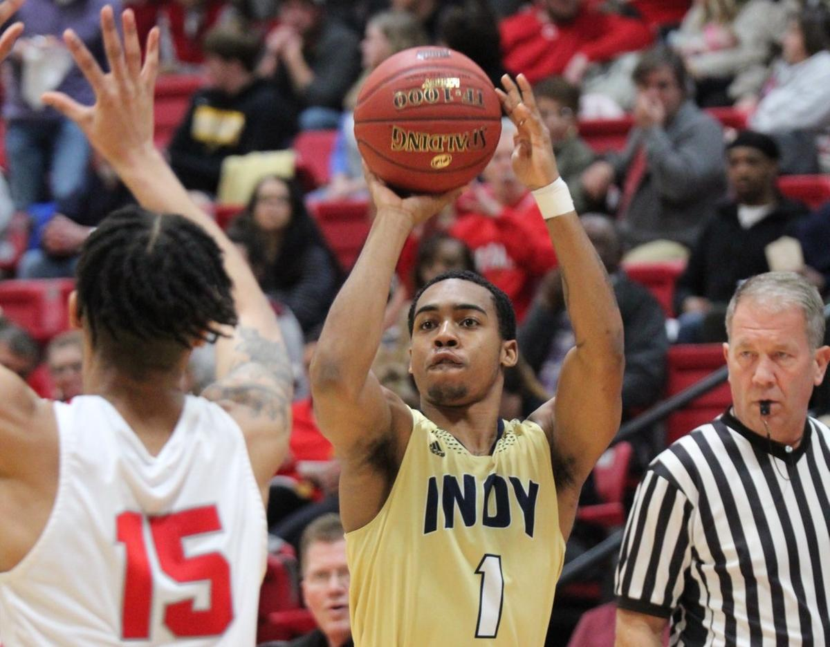 Indy sophomore guard, Ricky Edwards(1) finishes with 17 points in the 82-71 loss to Coffeyville. Photo by Nick Dailey
