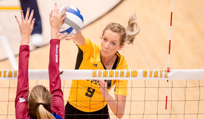 Owls Come From Behind To Down JSU In Five Sets