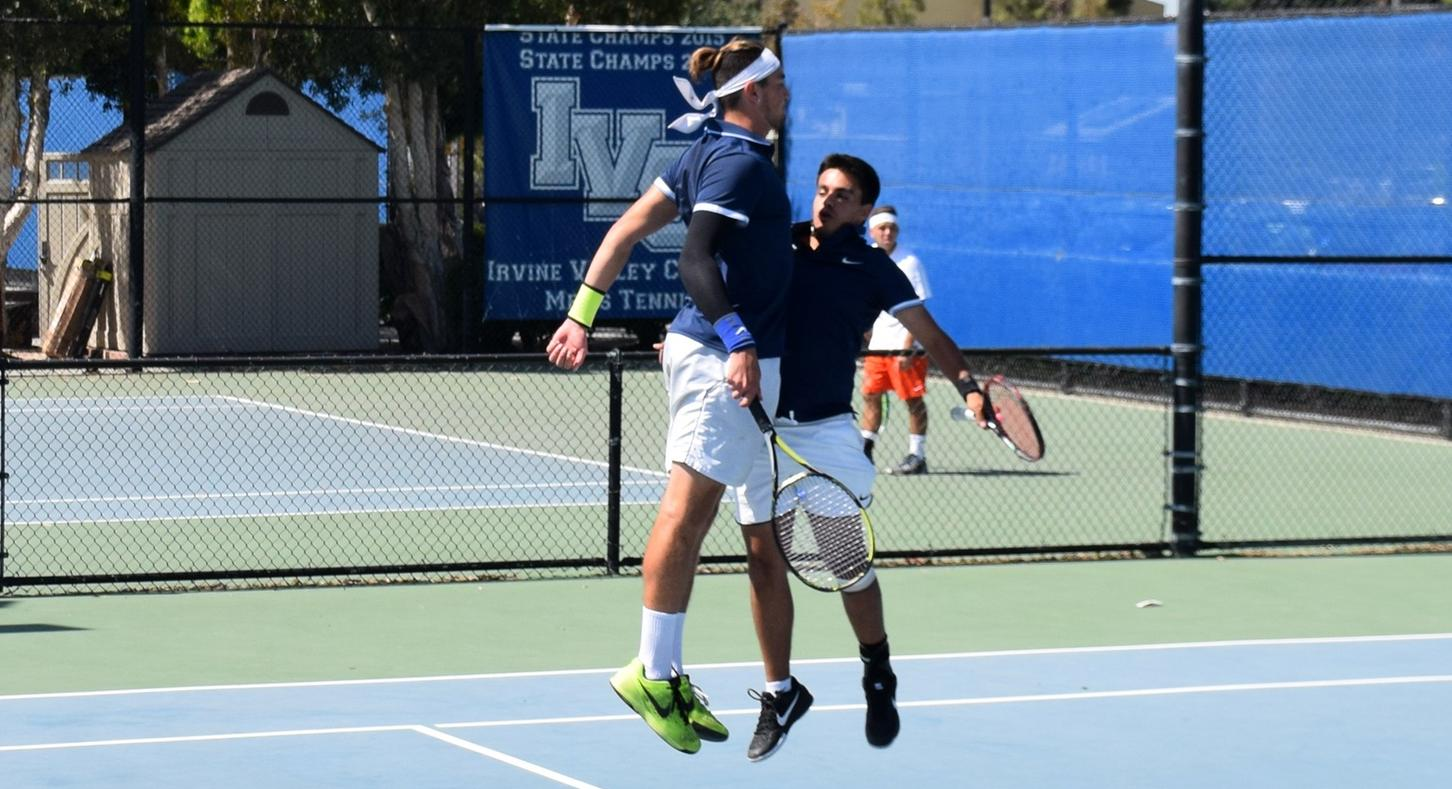Another undefeated conference season for men's tennis team
