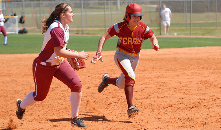 Bulldog Softball Moves To 2-1 On Year With Saturday Split In Florida