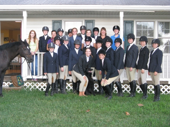 UMW Equestrian Team Places Second at First Home Show