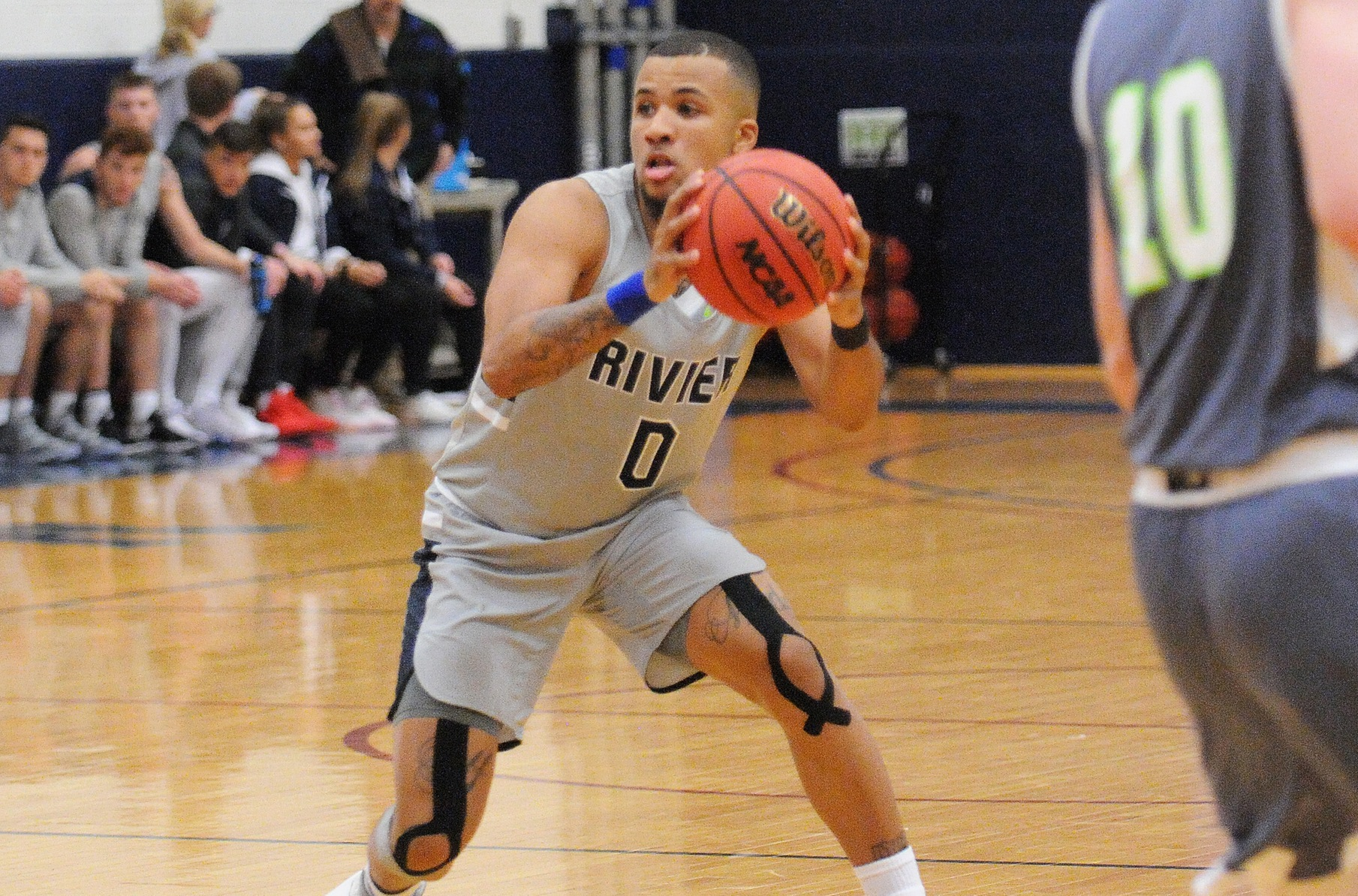 Men's Basketball: Raiders tripped up by Wentworth, 71-59