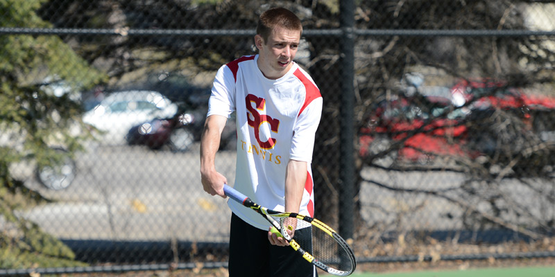 Men's tennis drops a pair in Cedar Rapids