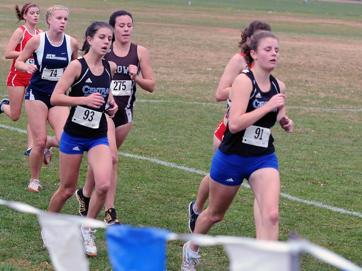 Women's Cross Country Places 3rd at Monmouth