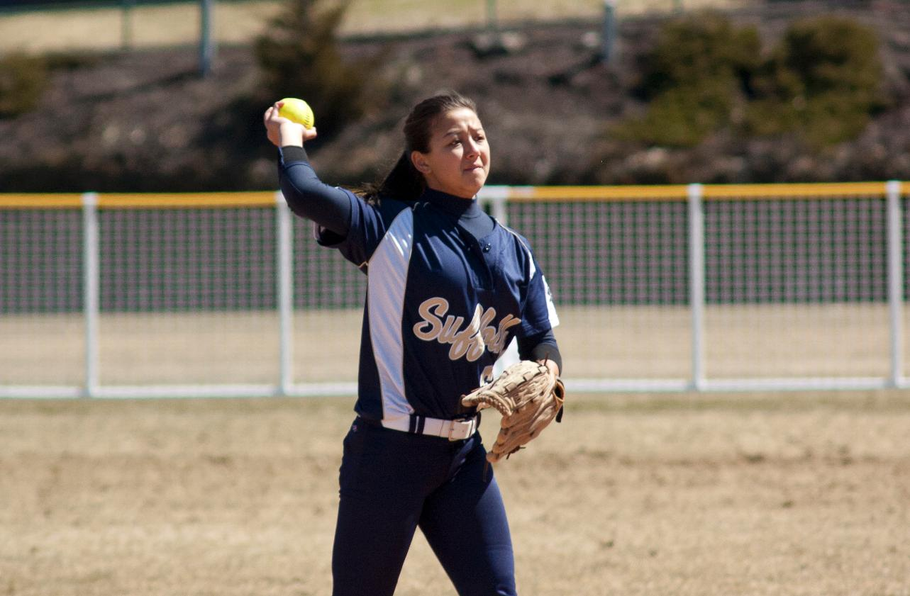 Emmanuel Sweeps Softball In GNAC Twinbill