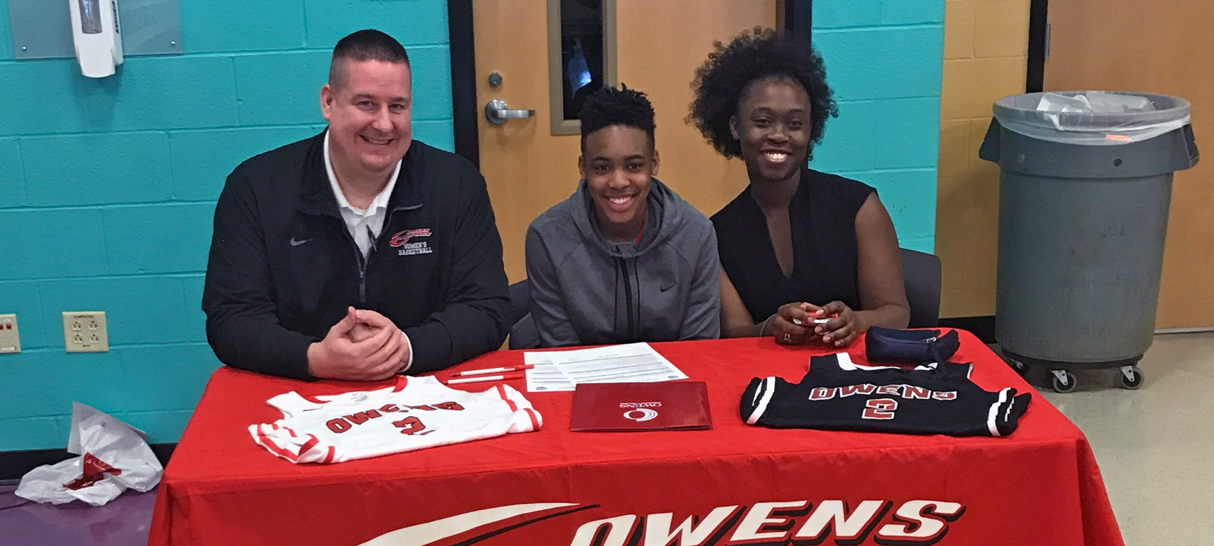 Akron Buchtel's Hatcher Signs With Owens WBB, Adds Depth To PG Position