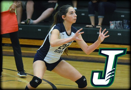 WVB: Badgers Sweep Lyndon for First Wins of the Season