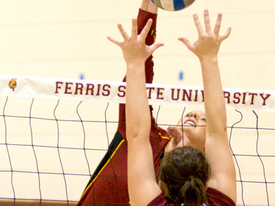 Bulldogs Sweep  Minnesota, Crookston In Invitational Finale