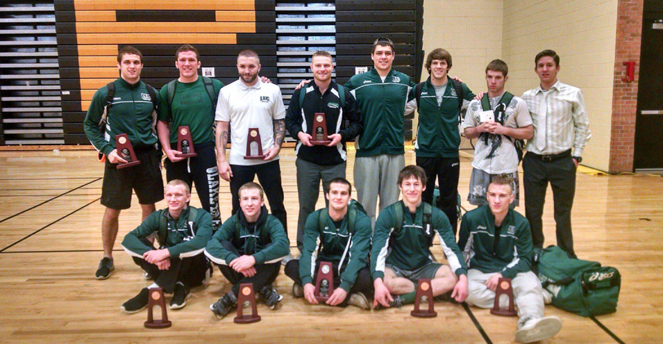Green Captures Title as Five Wrestlers Punch Tickets to Nationals