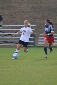 Women's Soccer Hands Robert Morris First Loss of the Season, 2-1; Quaranta and Walcott Find Back of the Net