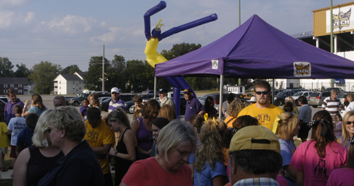 Fans can reserve their space at Magic 98.5 Tailgate Park