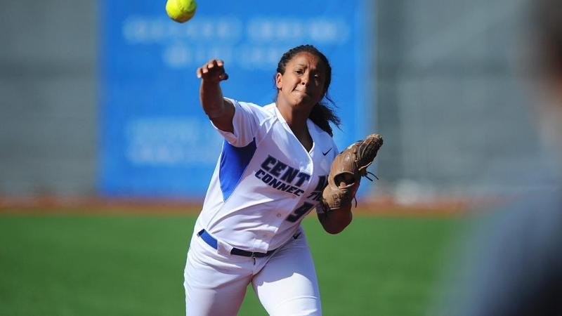 Softball Shuts Out FDU in Sweep; Extends Streak to 7