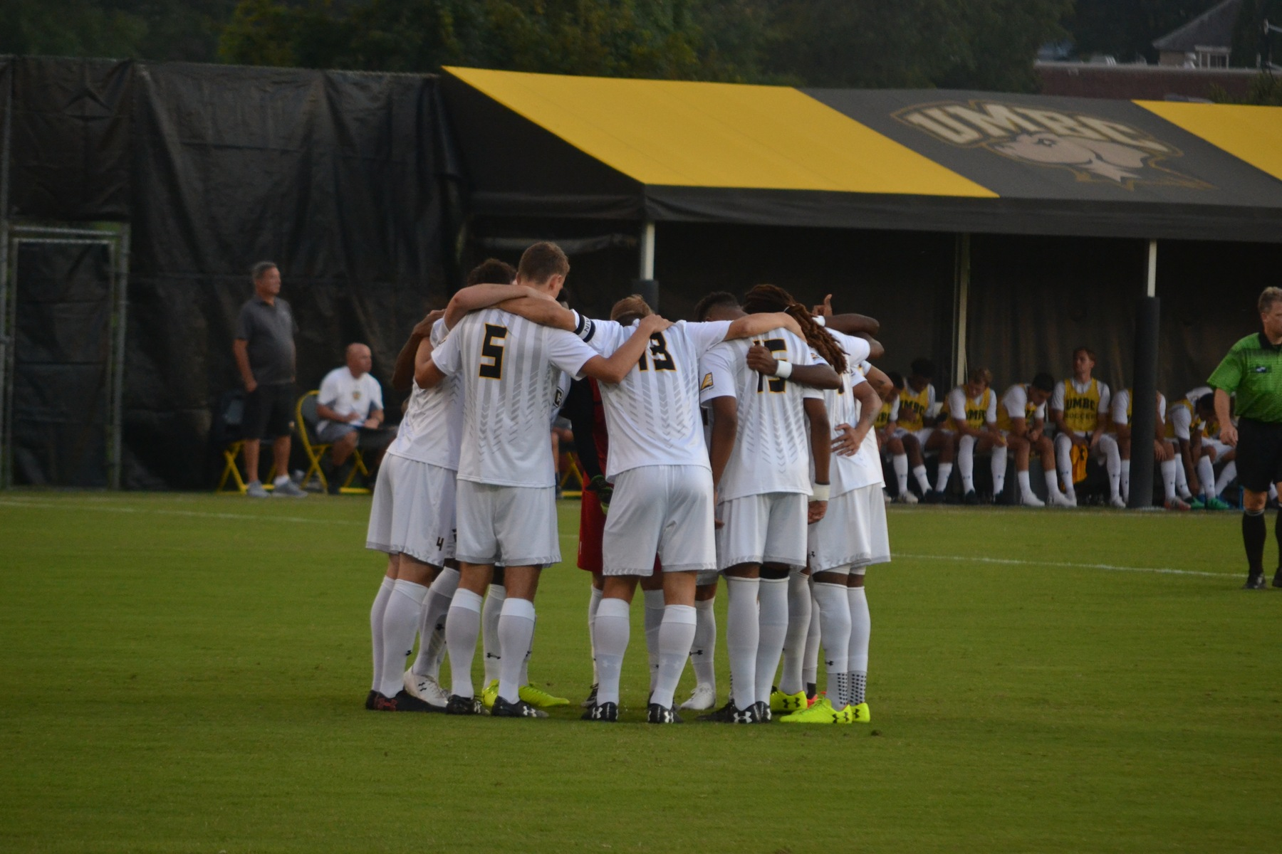 Men's Soccer Falls at Vermont on Saturday Night