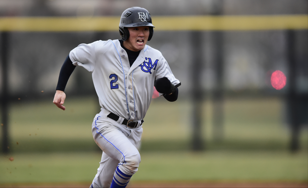 Baseball Edged by RPI in Florida