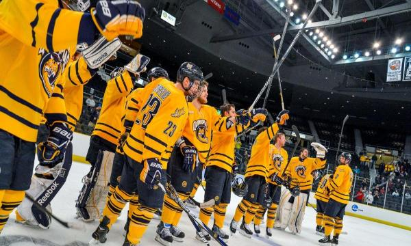 Quinnipiac Hockey Apparel Quinnipiac'...
