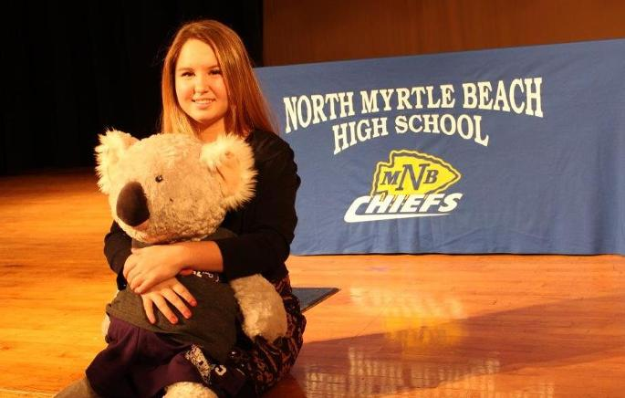 Tennis Signs Caitlyn Wolf for 2015-16 Season