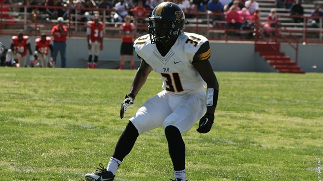 TLU's Singletary Named to D3football.com Team of the Week