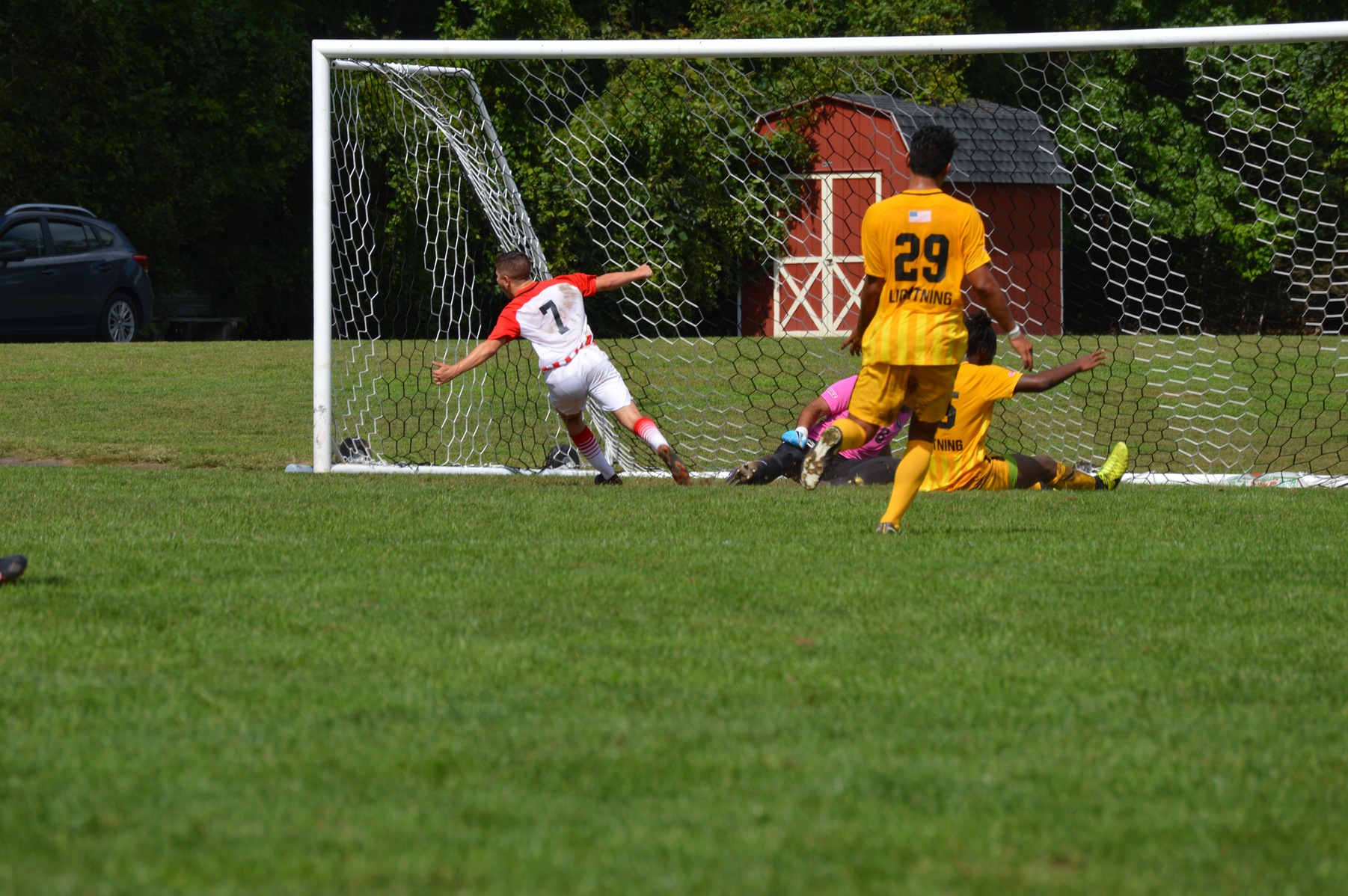 MEN'S SOCCER SHUTS OUT LIGHTNING