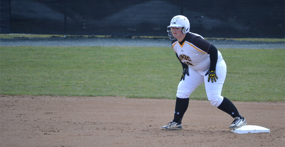 UMBC Softball Drops Sunday Doubleheader at Albany